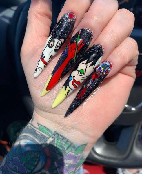 Фото №4 - Позалипать и вдохновиться: 45 крутых идей маникюра для длинных ногтей 💅
