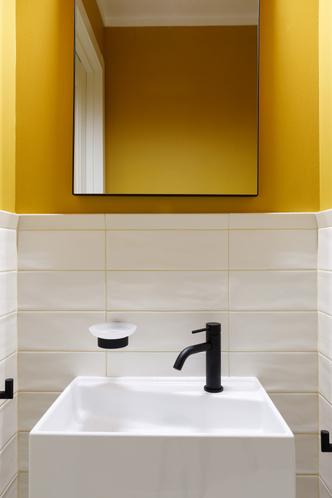 Фото №17 - Квартира молодой девушки в стиле mid-century modern 68 м²