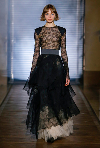 Фото №5 - Сработала четко: Givenchy Haute Couture SS18