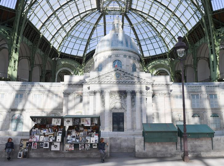 Фото №2 - Как оригинально признаться в любви Парижу? Мастер-класс от Карла Лагерфельда