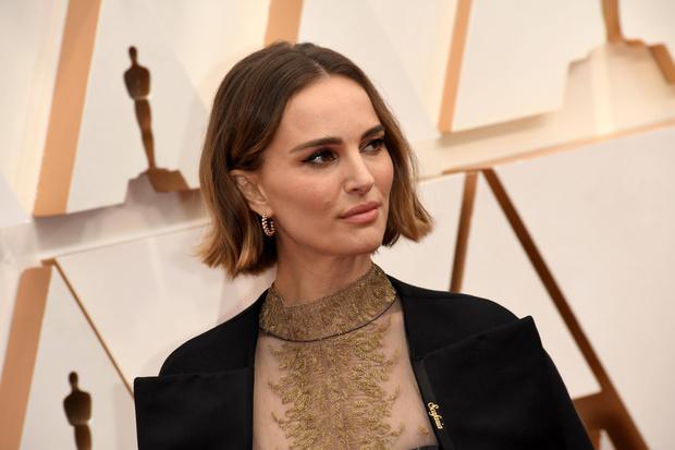 Фото №1 - 20 лучших и худших причесок звезд на «Оскаре-2020»
