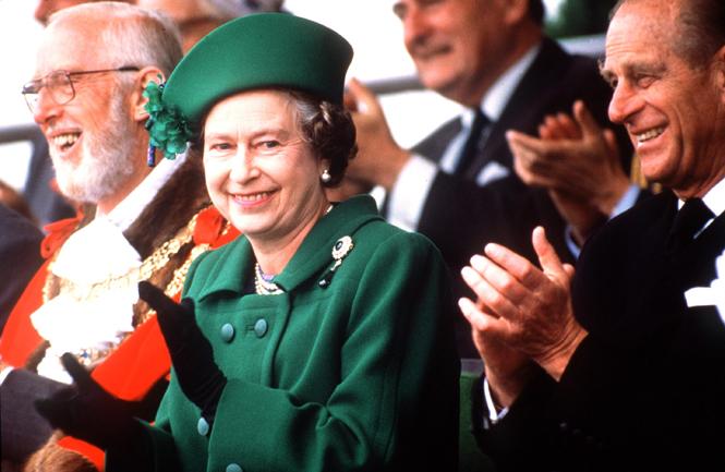 Фото №2 - Будет ли принц Гарри носить обручальное кольцо?