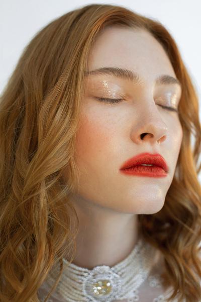 Фото №3 - В стиле «Ривердейла»: как повторить макияж Шерил Блоссом