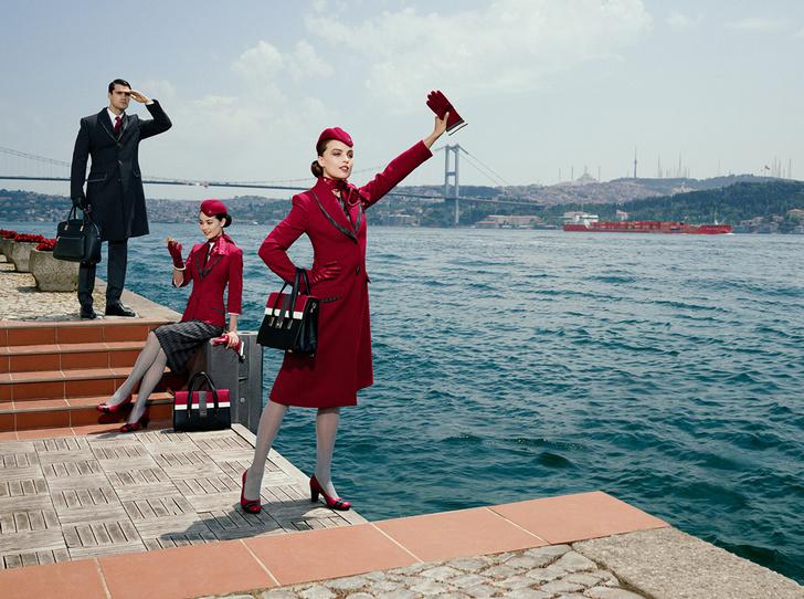 Фото №5 - Высокая мода: стюардессы Turkish Airlines получили дизайнерскую униформу