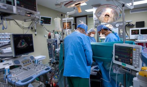 Фото №1 - Главный эпидемиолог Минздрава: В России умерли более 70 заразившихся коронавирусом медиков