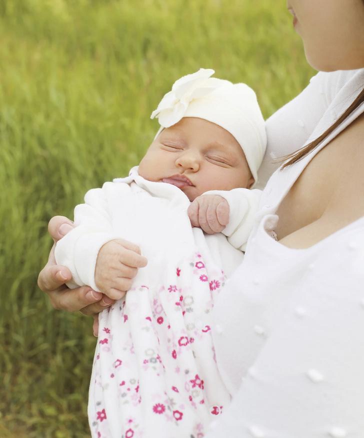 Фото №1 - Самые здоровые девочки рождаются летом