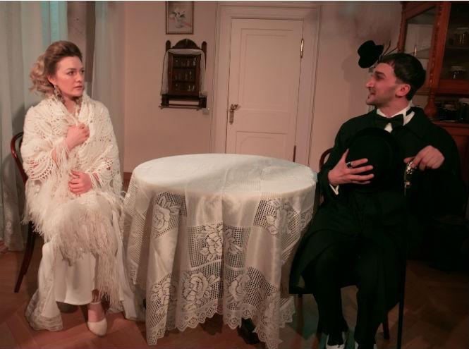 Фото №4 - Театральная постановка в нетрадиционном формате: иммерсивный спектакль «Дом 19 07. НАЧАЛО»