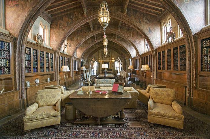 Фото №3 - Впечатляющие собрания: 9 личных библиотек знаменитостей