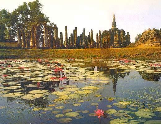 Фото №1 - «Шагающий Будда» из Сукхотая