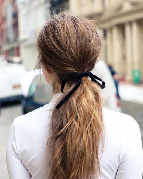 Фото №3 - 7 бьюти-хаков, которые помогут надолго сохранить волосы чистыми