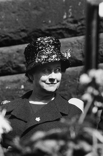 Фото №9 - Первые леди Франции: от Ивонны де Голль до Карлы Бруни-Саркози