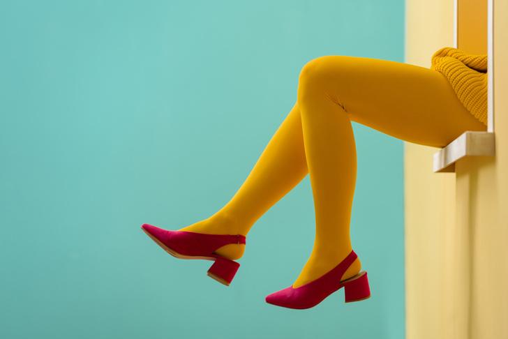 Фото №2 - Снимите это: 8 вещей в гардеробе, которые вас старят