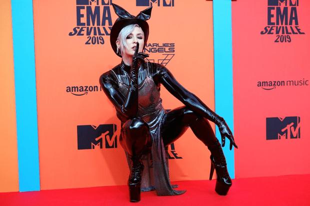 Фото №1 - Билли Айлиш, Шон Мендес, BTS и другие: объявлены победители MTV EMA 2019