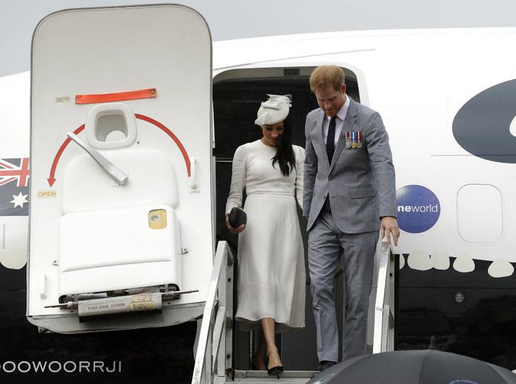 Фото №2 - «Дешевый пиар»: принца Гарри опять обвинили в лицемерии