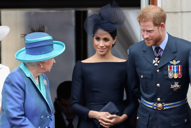Фото №2 - Королевская палитра: как монаршие особы носят синий цвет