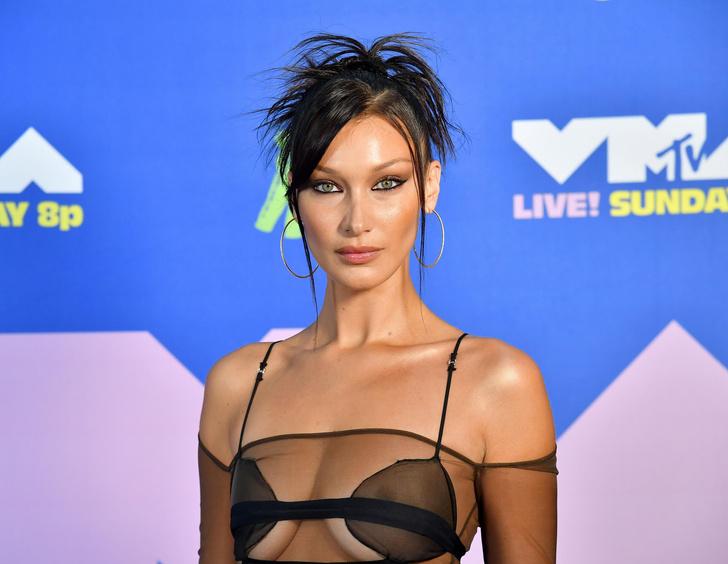 Фото №11 - MTV Video Music Awards 2020: лучшие и худшие наряды звезд на красной дорожке