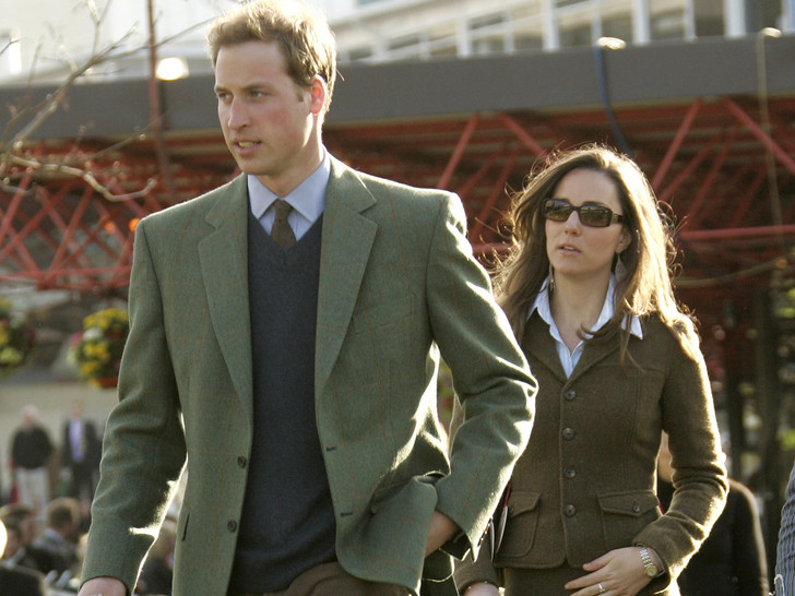 Фото №1 - Свадьба или разрыв: как королевская семья решала судьбу Кейт и Уильяма