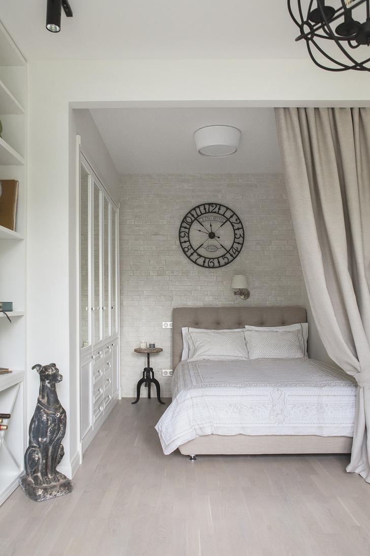 Фото №4 - Спальня в маленькой квартире: 6 практичных решений