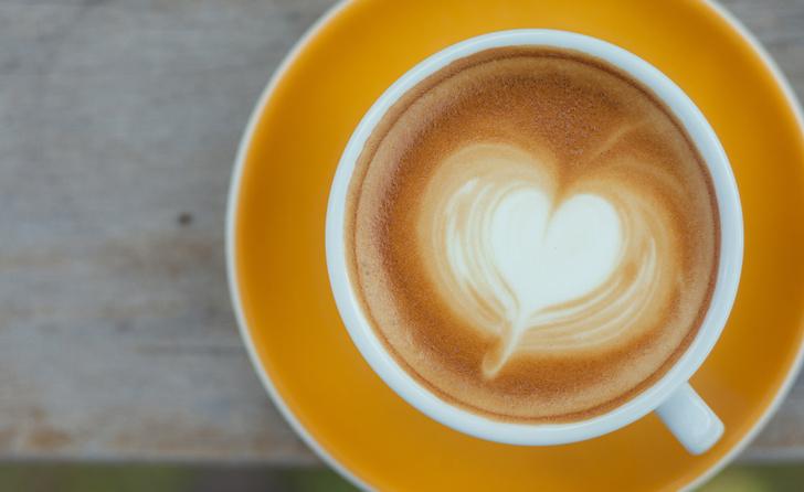 Фото №1 - Кофе снижает риск развития деменции