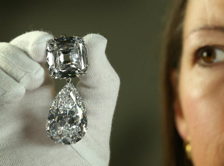 Фото №6 - Сколько стоит самое дорогое украшение королевы Елизаветы