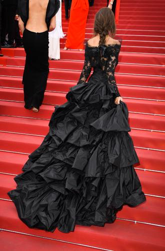 Фото №48 - Модные Канны-2017: Винни Харлоу, Адриана Лима и другие красавицы вечера премьер 18 мая