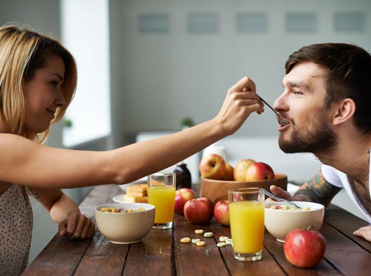 Фото №2 - Как «похудеть» своего мужчину: советы диетолога