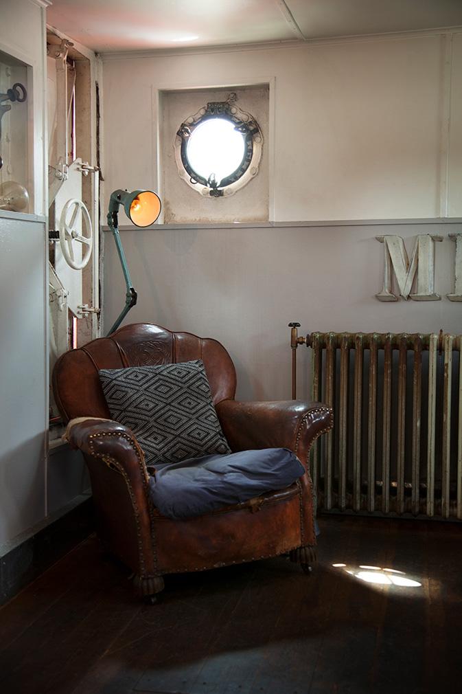 Фото №8 - В Англии продается дом на корабле