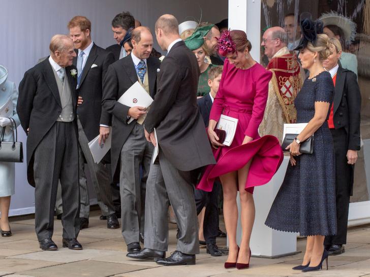 Фото №7 - Самые смешные случайные фотографии, сделанные на королевских свадьбах