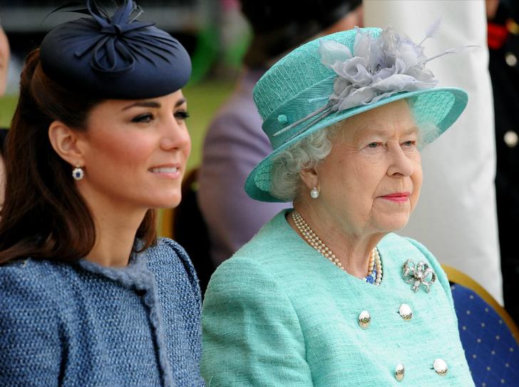 Фото №2 - Тайны Короны: особый договор, заключенный между Кейт и Королевой