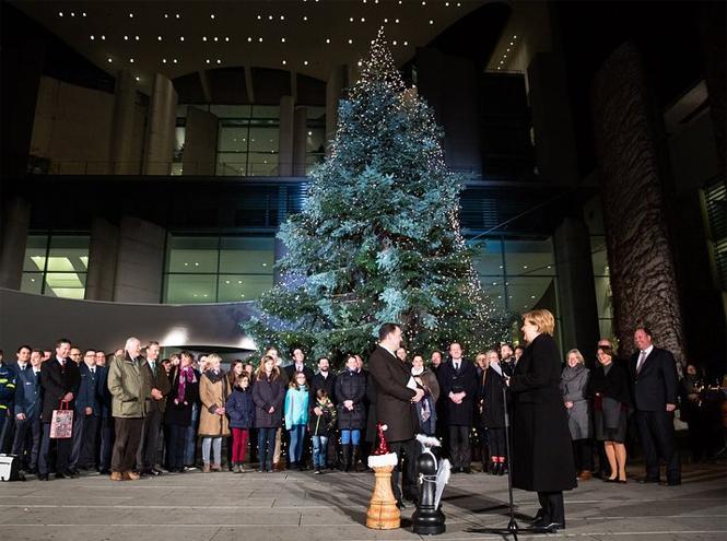 Фото №22 - Праздничное убранство резиденций королей и президентов в ожидании Рождества и Нового года