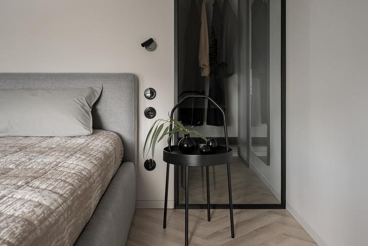 Фото №9 - Минималистская квартира в доме с радиусной планировкой