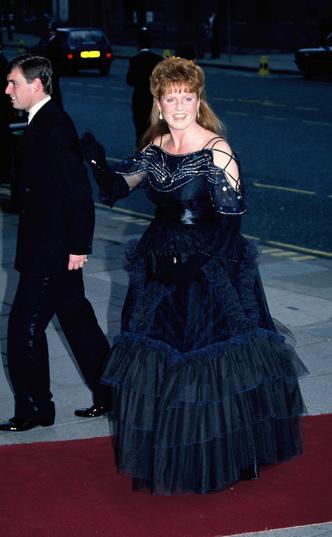 Фото №29 - Стильное положение: как одеваются беременные королевы, принцессы и герцогини