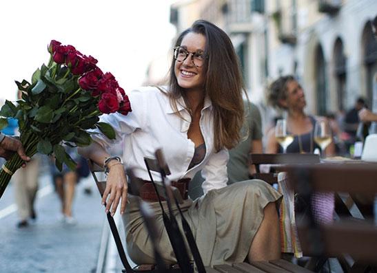 Фото №1 - Блогер Скотт Шуман рекламирует очки Luxottica