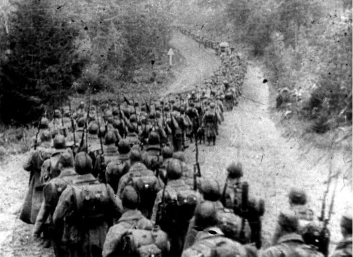 Советские войска пересекают границу Польши. 1939