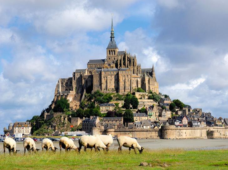 Фото №1 - 7 легендарных замков Европы