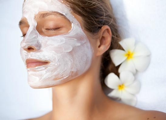 Фото №1 - Уроки красоты: как правильно увлажнять жирную кожу?