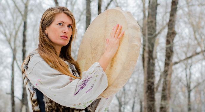 «Вьюги, метели под февраль полетели»: приметы и традиции последнего месяца зимы