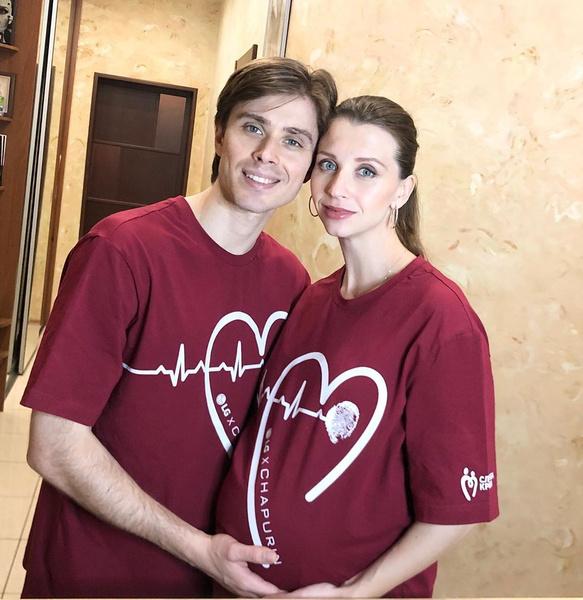 <p>Артем Овчаренко и Анна Тихомирова во второй раз стали родителями</p>