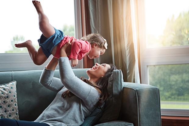 Фото №2 - 7 самых вредных привычек молодых родителей