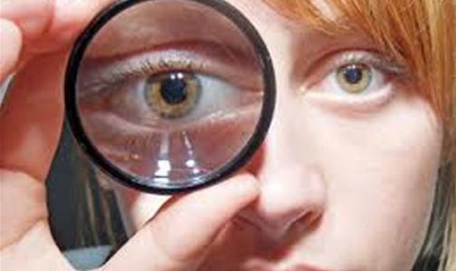 Фото №1 - Как работать за компьютером, чтобы не испортить зрение