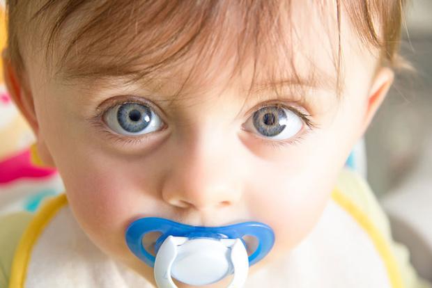 Фото №2 - Как отучить малыша от пустышки?