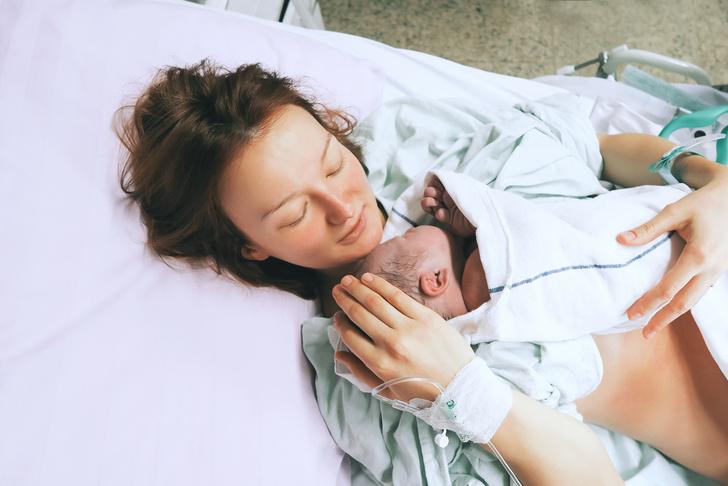 Фото №1 - В какой позе легче рожать: мнение врача
