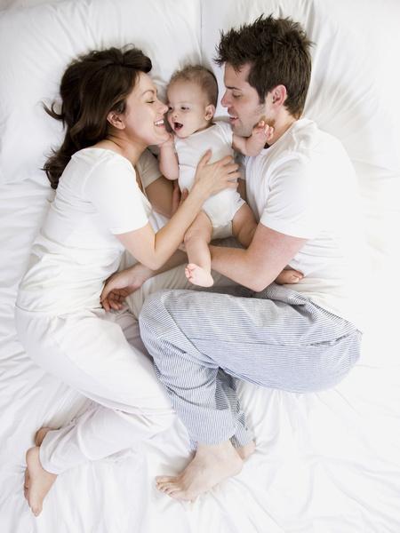 Фото №1 - Может ли ребенок спать с родителями?