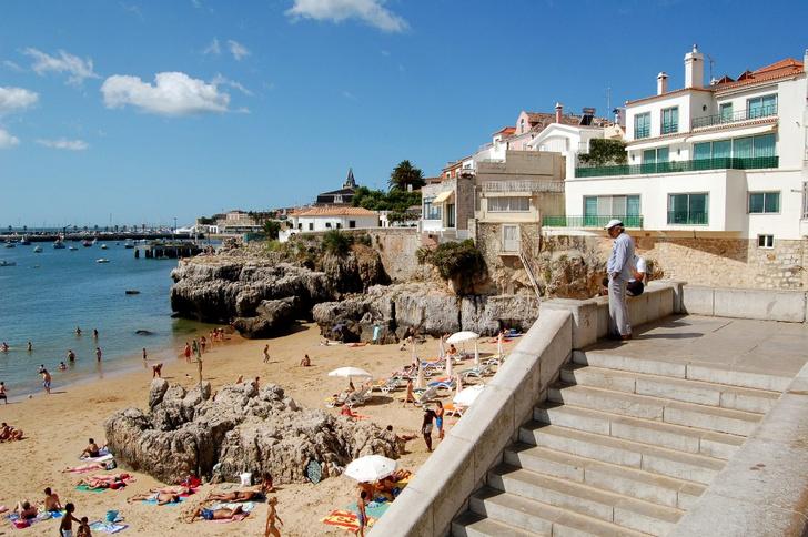 Фото №2 - Португалия без Лиссабона: волшебные замки, огромные волны и родина портвейна