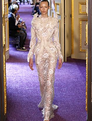 Фото №20 - В деталях: лучшие свадебные платья haute couture осень/зима 2016