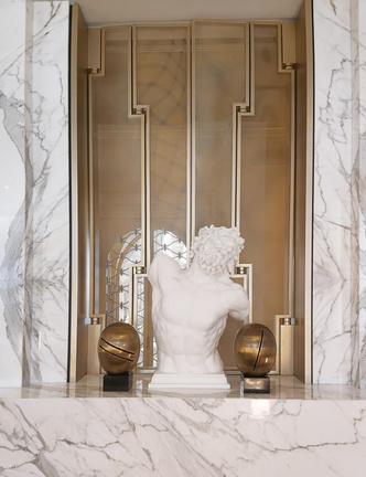 Фото №3 - Новая коллекция Versace Home в Милане