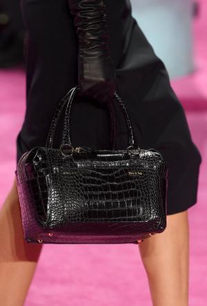 Фото №4 - Самые модные сумки осени и зимы 2020/21