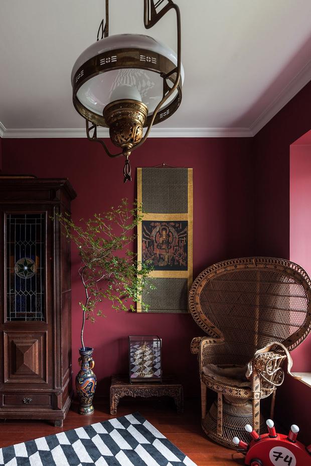 Фото №9 - Эклектичная квартира с винтажной мебелью в Шанхае