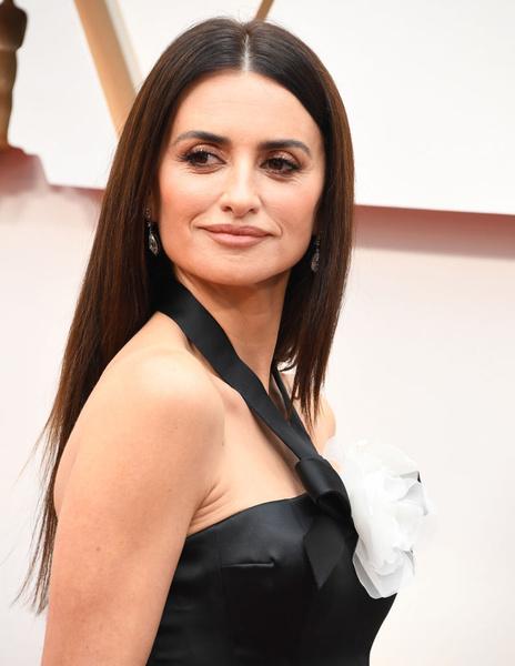 Фото №5 - «Оскар-2020»: самые красивые бьюти-образы