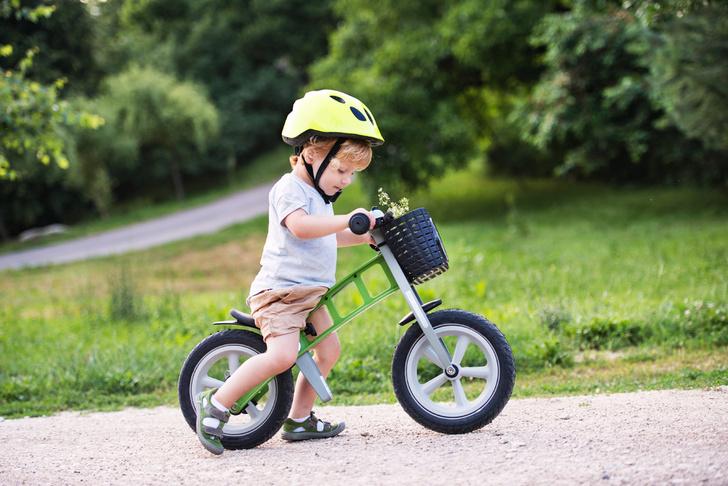 Фото №15 - 6 главных опасностей для малыша на даче, и как его уберечь